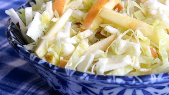 Easy Apple Cabbage Slaw