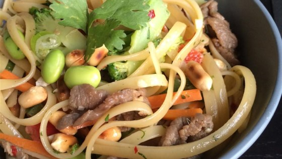 asian pasta salad with beef broccoli and bean sprouts review by