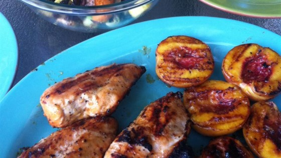 Photo of Grilled Chicken with Peach Sauce by SOMEONESWT