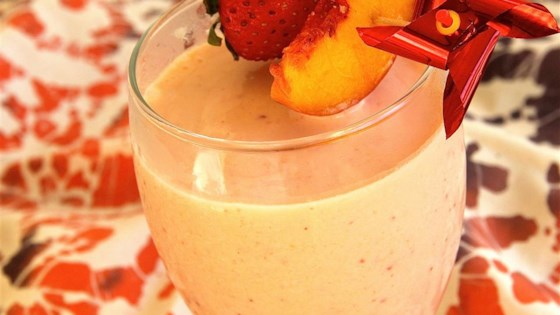 Photo of Rosy Ginger Peach Smoothie by MRSWILLETT