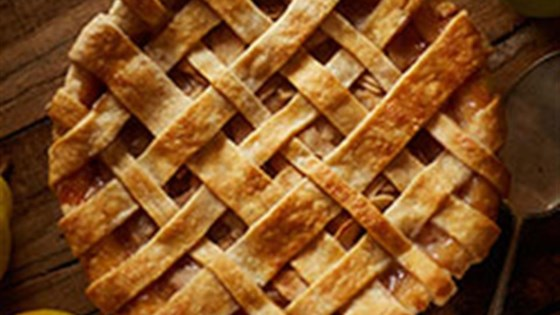 Photo of Spiced Pear & Apple Pie by Crisco