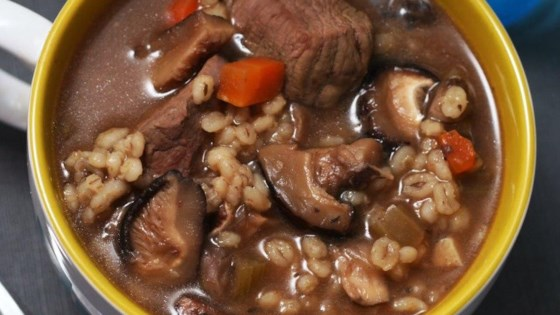 Kelly's Slow Cooker Beef, Mushroom, and Barley Soup