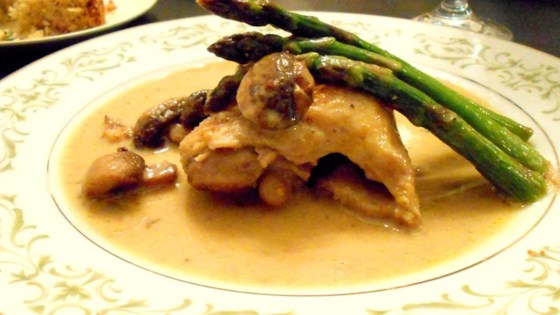 Photo of Petite Blanquette de Poulet a l'Estragon (Tarragon Chicken) by elegantcooking