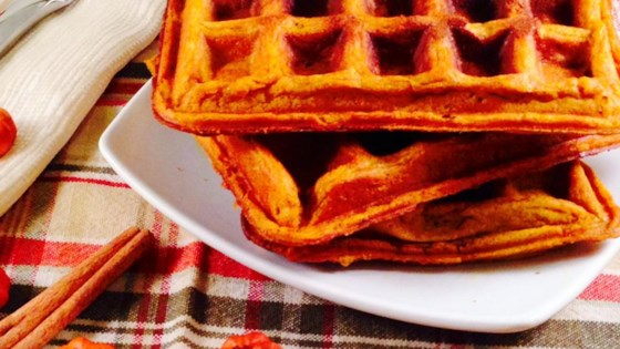 Photo of Perfect Pumpkin Spice Waffles by sonnenberg