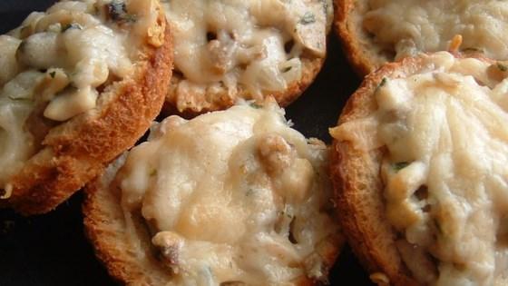 Mushroom Toast Cups Recipe