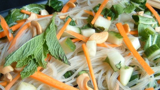 Photo of Vietnamese Rice Noodle Salad by JEN