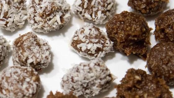 Coconutty Balls
