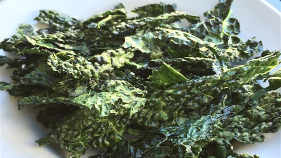 Photo of Kale Chips in the Microwave by Blueberry