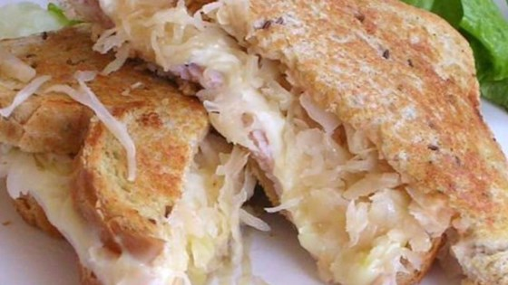 grilled turkey reuben sandwiches review by diz