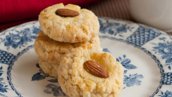 Photo of Chinese Restaurant Almond Cookies by Rosina