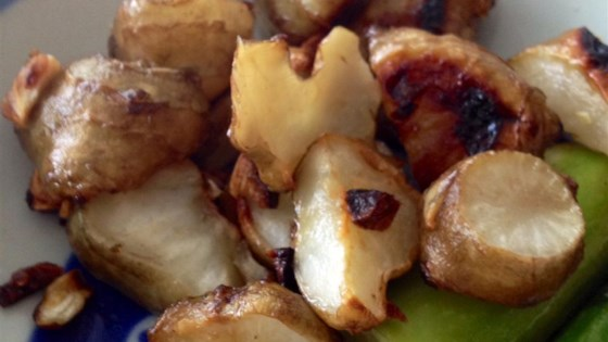 Photo of Roasted Jerusalem Artichokes (or Sunchokes) by qwertycook