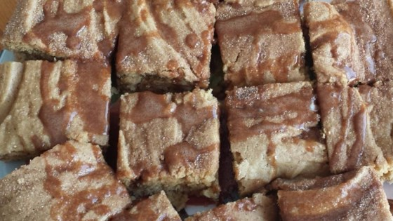 Snickerdoodle Blondies Recipe