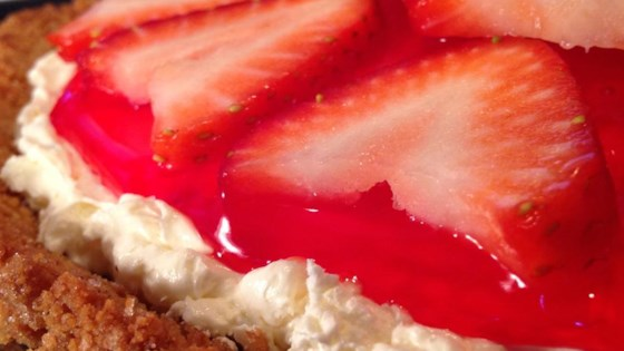 Photo of Strawberry Delight Pie by 1PICKLELOVER
