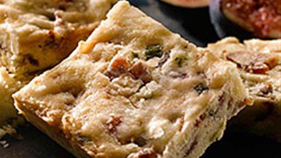 Maple Glazed Bacon and Chive Shortbread