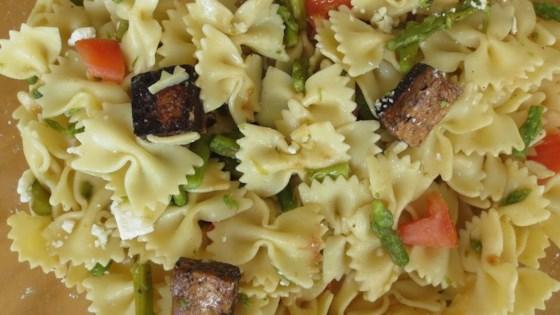 Photo of Balsamic Vinegar Tofu and Asparagus Pasta Salad by MaMoKr
