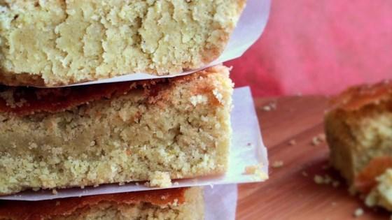 Photo of Fine Crisp Cakes by Jenna Arden