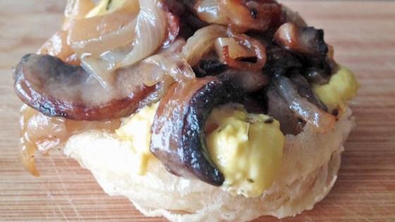 Photo of Caramelized Onion and Mushroom Tarte Tatin by iluvwoody