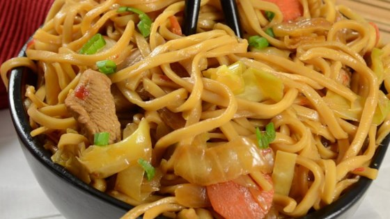 Photo of Yakisoba Chicken by emmaxwell