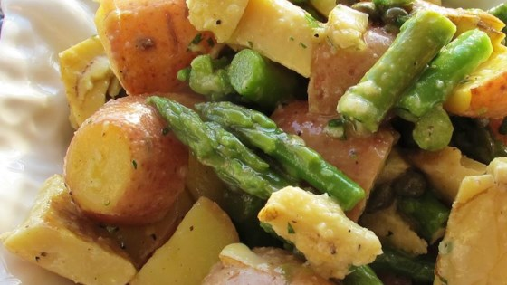 Photo of Red Potato, Asparagus, and Artichoke Salad by LOSGARCIAS