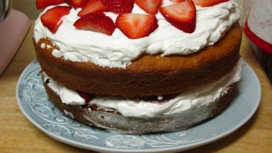 Photo of Vanilla Layer Cake with Strawberries by KMBALLEW