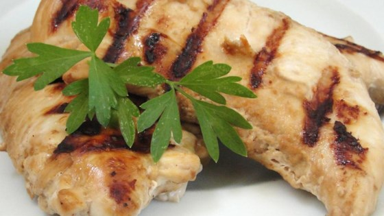Photo of Soy and Garlic Marinated Chicken by CANDIELIPS