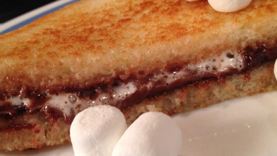 Photo of Grilled Marshmallow Nutella® by Diverse Cookers :-)