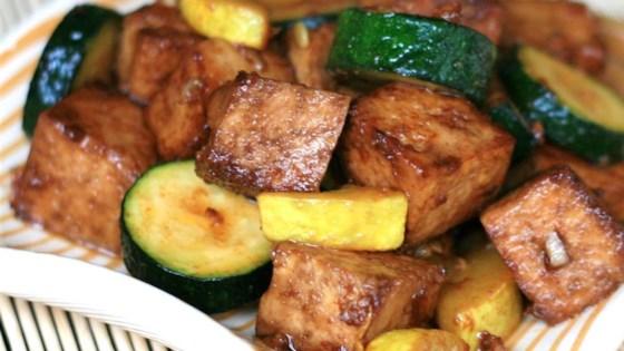 Photo of Yellow Squash and Tofu Stir Fry by malevolentglitter