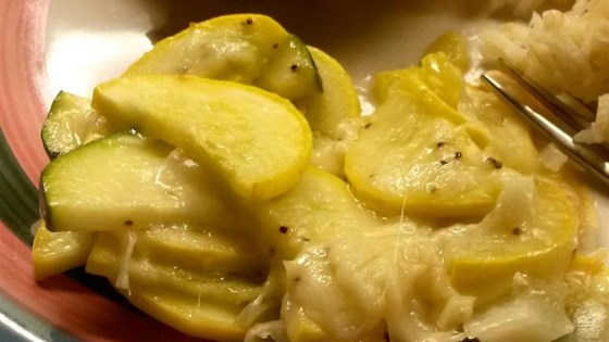 Noreen's Mom's Simple Summer Squash Bake