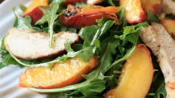 Grilled Chicken, Peach, and Arugula Salad Recipe