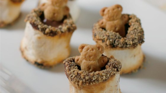 Photo of Teddy Bear Hot Tub S'Mores by foodelicious