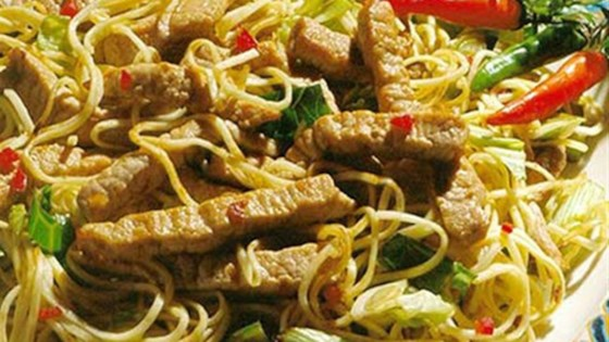 indonesian pork noodle bowl review by 2kids4me