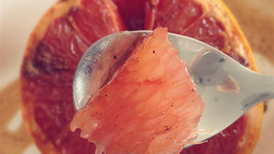 Broiled Spiced Grapefruit