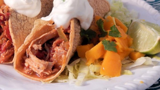 Mango-Lime Shredded Chicken Tacos Recipe