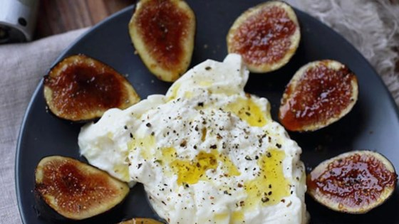 Fig Brulee with Burrata Cheese