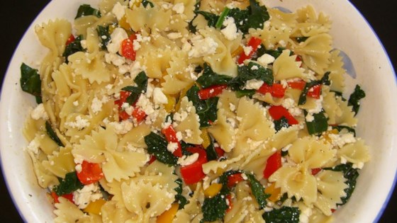 Photo of Sweet Pepper Pasta Toss with Kale by MOTTSBELA