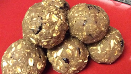 Photo of No-Bake Oatmeal Protein Bites by Nancy