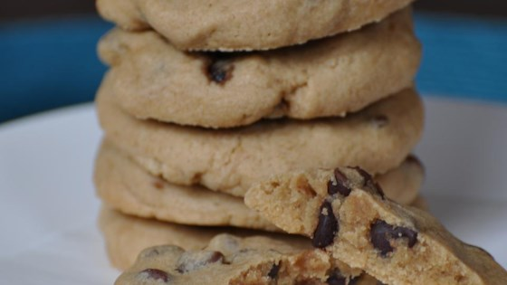 Photo of 5-Ingredient Easy Chocolate Chip Cookies by Sapphire Bang