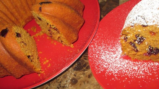 Photo of Titi's Cranberry Walnut Pumpkin Bread Cake by DamaBonita