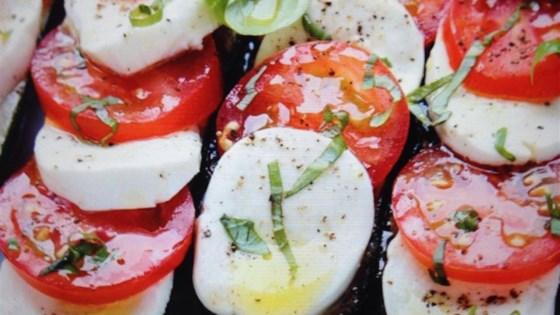 Caprese-Stuffed Zucchini