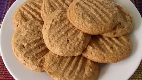 Photo of Easy Whole Wheat Peanut Butter Cookies by VETTY430