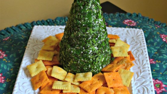 Photo of Cream Cheese, Havarti, and Parmesan Herbed Christmas Tree by Laura