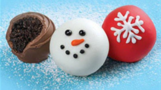 Photo of OREO Snowman Cookie Balls by Oreo