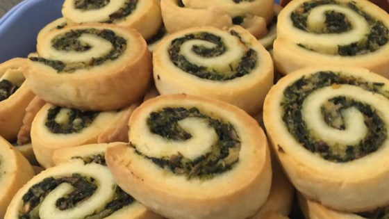 Photo of Spinach and Mushroom Pinwheels by MAILJOANNA