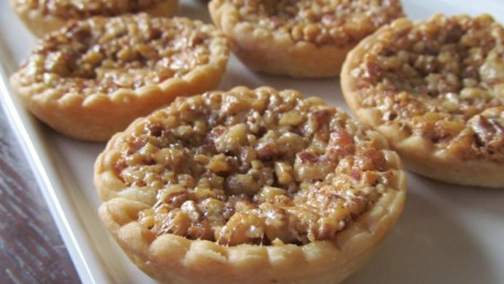 Photo of Mini Southern Pecan Pies by Squankdog