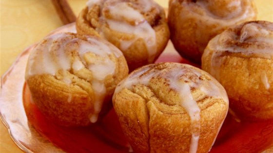 8-Minute Mini Cinnamon Rolls