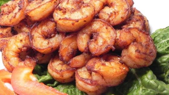 Goong Tod Kratiem Prik Thai (Prawns Fried with Garlic and White Pepper)