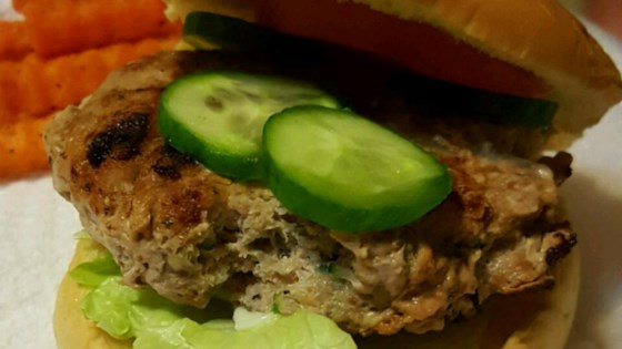 Photo of Healthier Actually Delicious Turkey Burgers by MakeItHealthy