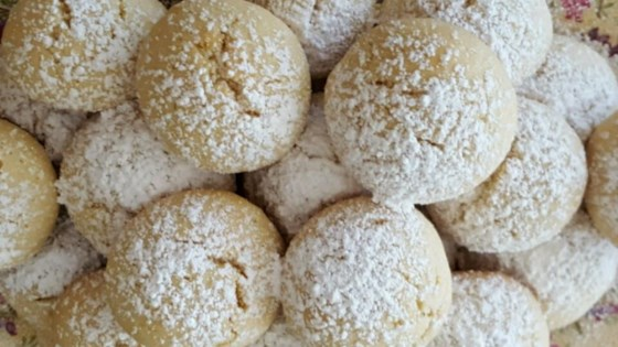 Photo of Italian Butterball Cookies by iluvlax