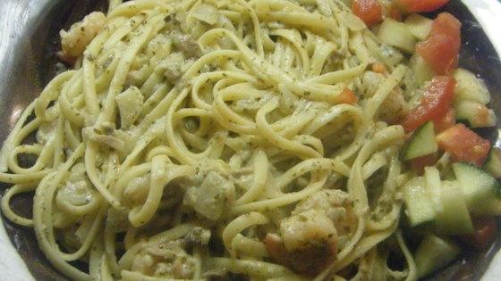 Photo of Pesto Cream Sauce by rosiella