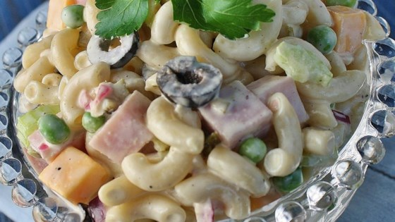 Photo of Delicious Macaroni Salad by MICHELLELASPINA